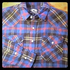 Roper black/blue flannel long sleeve shirt.